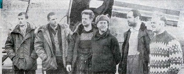 Áhöfnin á Glófaxa á Reykjavíkurflugvelli í mars 1967, f.v.: Gunnar Guðjónsson flugmaður, Magnús Jónsson flugmaður, Jón R. Steindórsson flugstjóri og Sigurður Ágústsson vélamaður.