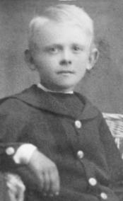 Helgi Aðalsteinsson.