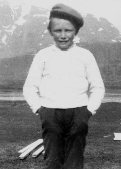 Guðjón Steingrímsson á Hjaltastöðum. Ólafur Tryggvason á Ytra-Hvarfi tók myndina og gaf Elínu Guðjónsdóttur skömmu áður en hann féll frá.